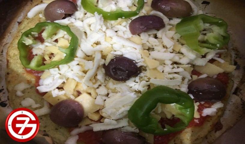 عمل بيتزا القرنبيط الصحية بالصور 9