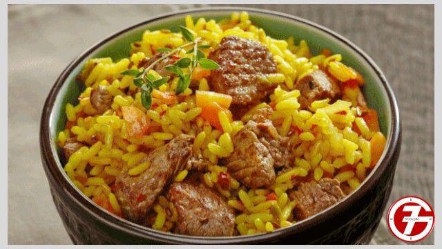 أرز بالعدس واللحم والجزر